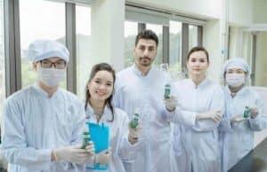 xịt vệ sinh diệp lục nano bạc review